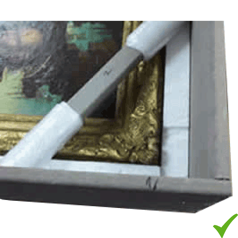 Dettaglio dell'imbalaggio di una cornice