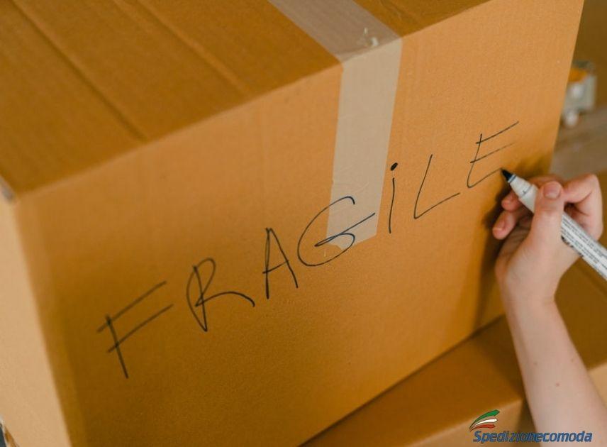 Spedizione di un pacco fragile all'estero